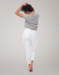 Yoga-jeans-blanc-blogue-automne-kara-bijoux-et-style