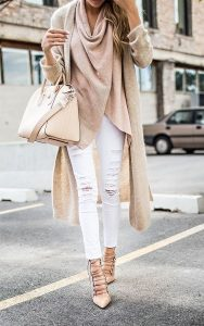 jeans-blanc-automne-cardigan-foulard-blogue-kara-bijoux-et-style