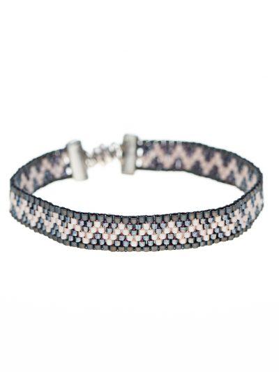bracelet-tissage-peyote-rocailles-hypoallergenique-taïna-2-entrepreneure-kara-bijoux